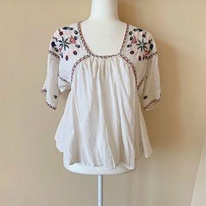 Velvet by Graham Spencer embroidered blouse #951